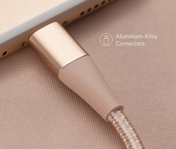 اتصال محکم در کابل Anker PowerLine II +